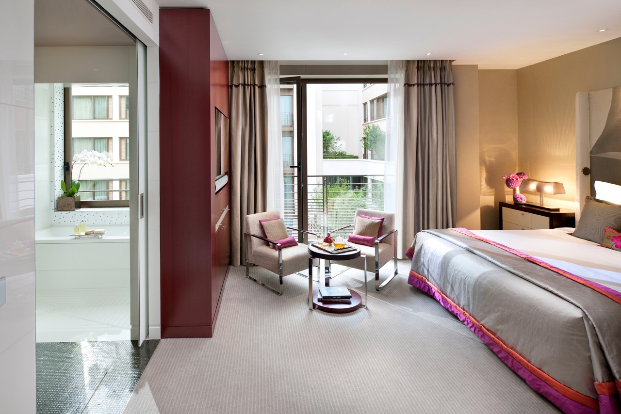 mandarin oriental the asian zen luxury hotel in paris luxury travelers guide. Black Bedroom Furniture Sets. Home Design Ideas