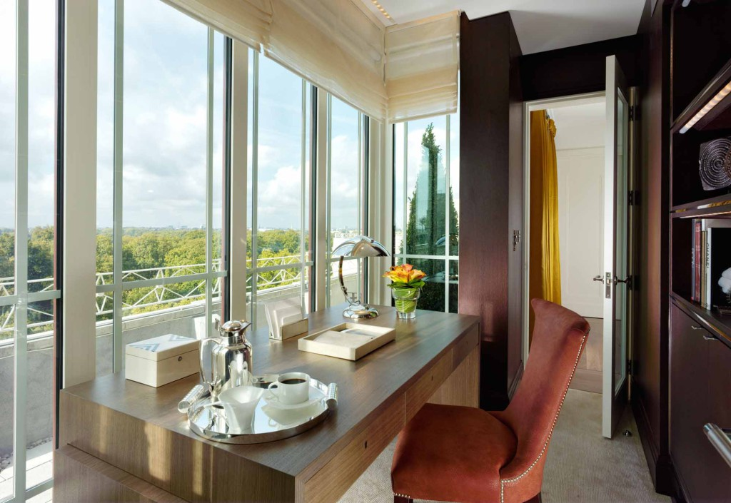 Roof Suite - Harlequin study room