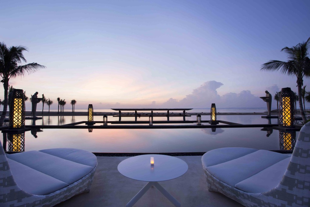 Mulia Resort - Ocean PoolS