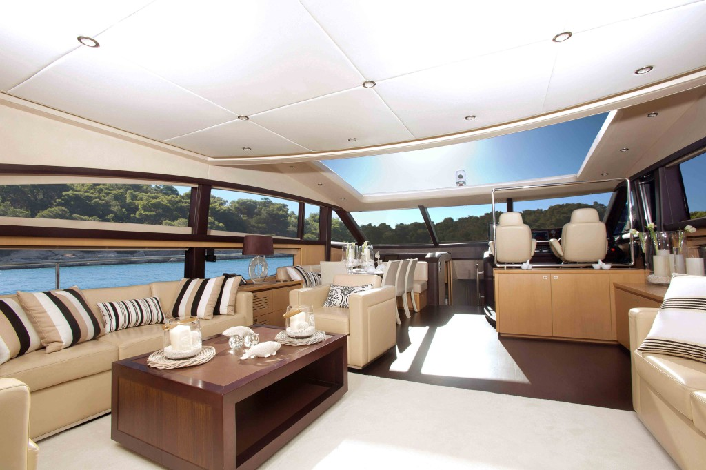 luxury yacht cartering Istion
