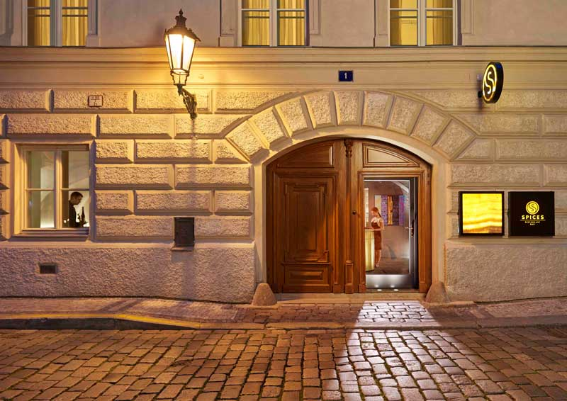 Exterior-Spices-Restaurant-Prague
