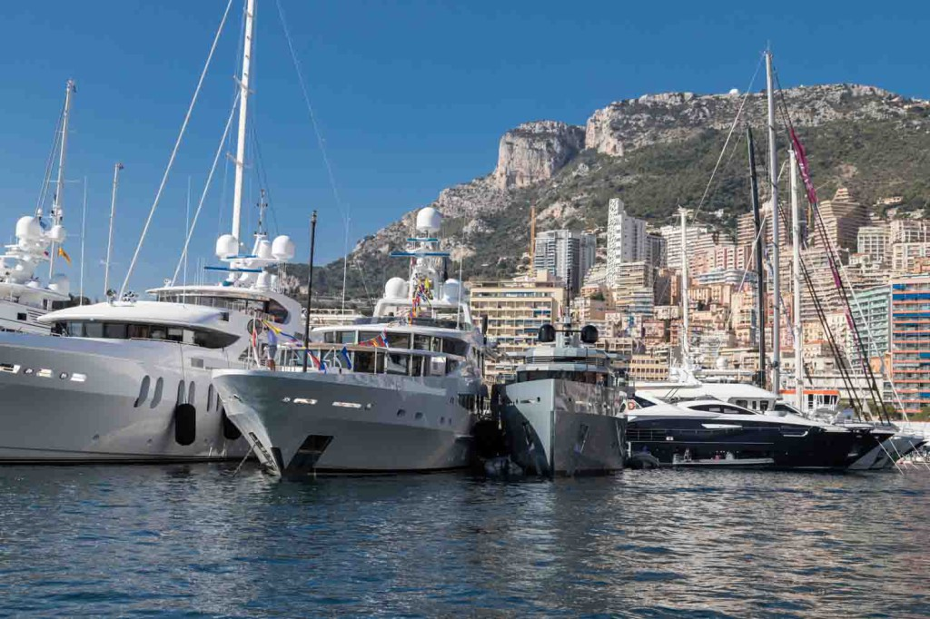 MYS2017-Yachts-bow