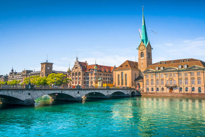 zurich-city-centre-Hertz-Rent2Buy