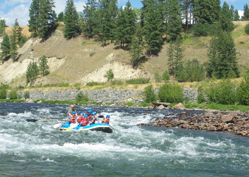 Three-Bars-Rafting-Lodging-Near-Glacier-National-Park
