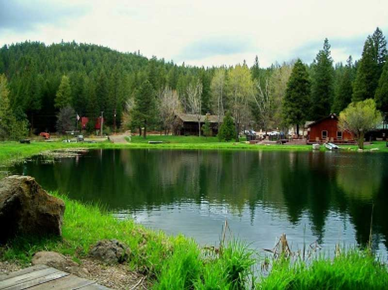 Greenhorn-Creek-Guest-Ranch-Lodging